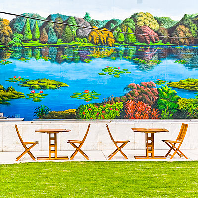Theme park, colourful wall painting - p1542m2142359 by Roger Grasas