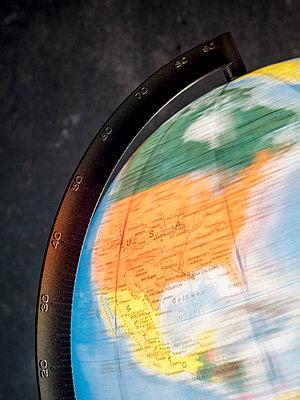 Die Welt dreht sich - p536m1222760 von Schiesswohl