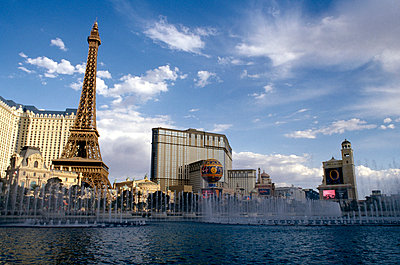 Las Vegas, Nevada, USA - p3011648f by fStop