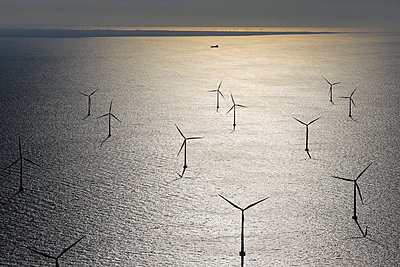 Wind farm Rødsand - p1016m987712 by Jochen Knobloch