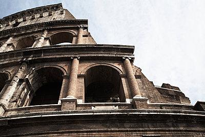 Colosseum - p579m2014845 by Yabo