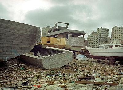Ship building - p4530003 by Mylène Blanc