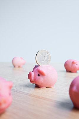Little piggy bank - p454m2245348 by Lubitz + Dorner