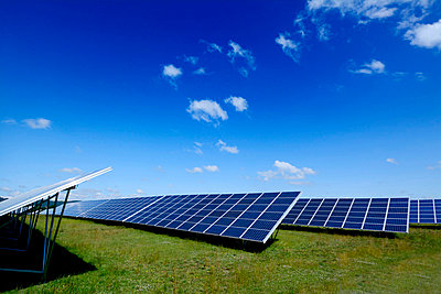Solar panel - p813m815835 by B.Jaubert