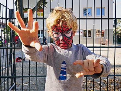 Spiderman - p358m1217509 von Frank Muckenheim