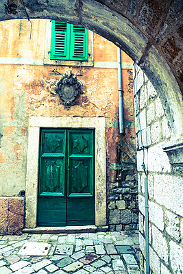 Building detail, Stari Grad (Old Town), The Bay of Kotor, UNESCO World Heritage Site, Kotor, Montenegro, Europe - p871m1013081 by Douglas Pearson