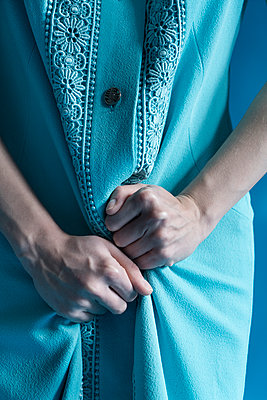 Woman in light blue dress - p427m1538136 by R. Mohr