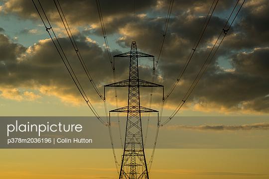 p378m2036196 von Colin Hutton