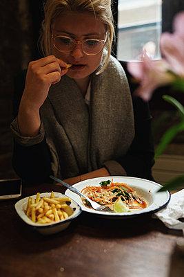Lunch - p1477m2038883 by rainandsalt