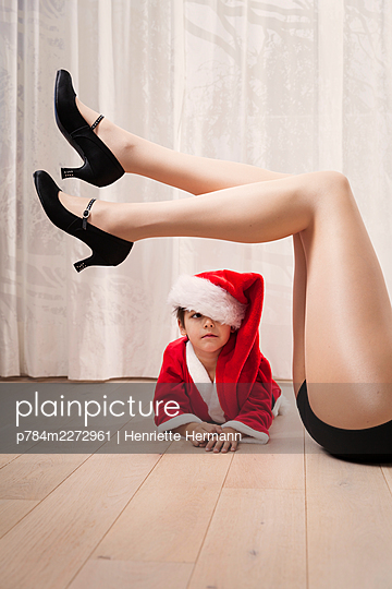Weihnachtsshow - p784m2272961 von Henriette Hermann
