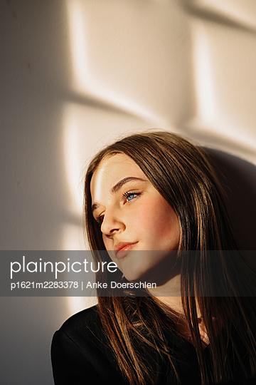 Dreamy girl - p1621m2283378 by Anke Doerschlen