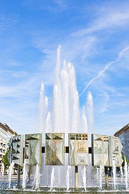 Kupferner Springbrunnen am Strausberger Platz  - p1325m1515129 von Antje Solveig