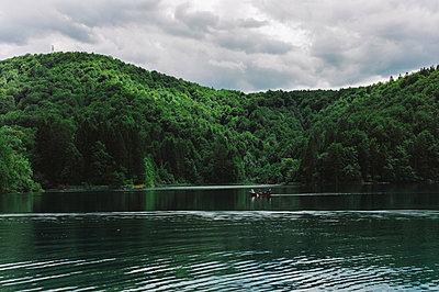 See im Nationalpark - p1085m854330 von David Carreno Hansen