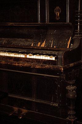 Klavier - p1210m1561983 von Ono Ludwig