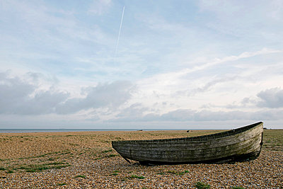 Dungeness - p800m830720 by Emma McIntyre