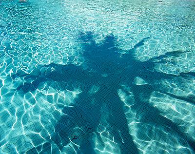 Pool - p147m710308 von Peter Stüber