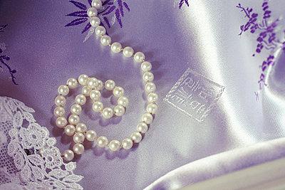 Pearl necklace - p26812130 by Clara Ritz