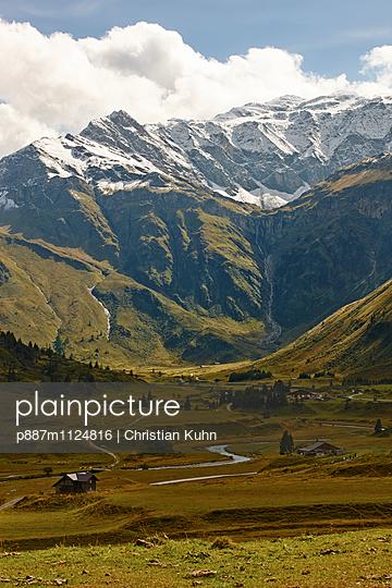 Berge - p887m1124816 von Christian Kuhn
