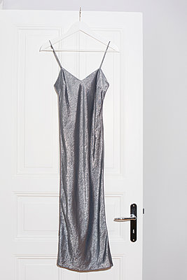 Glitter dress - p432m887262 by mia takahara