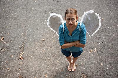 Angel - p586m879906 by Kniel Synnatzschke