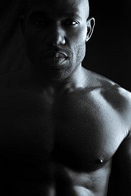 Athlet - p975m963147 by Hayden Verry