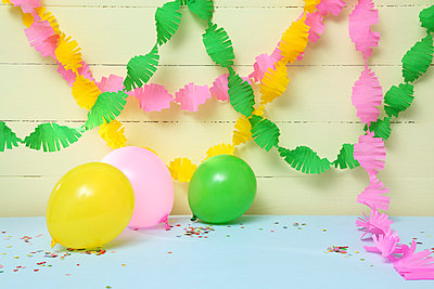 Party is over - p237m769742 von Thordis Rüggeberg