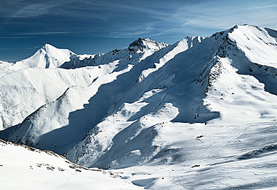 Austria, Tyrol, Ischgl, winter landscape in the mountains - p300m1068785f by Bela Raba