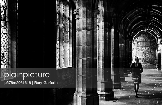 p378m2061618 von Rory Garforth