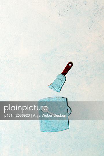 p451m2086923 by Anja Weber-Decker