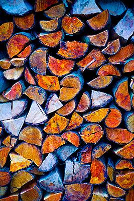 Firewood - p1149m1511200 by Yvonne Röder