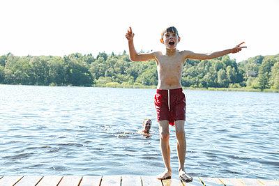 Ein Sommertag - p249m1128689 von Ute Mans
