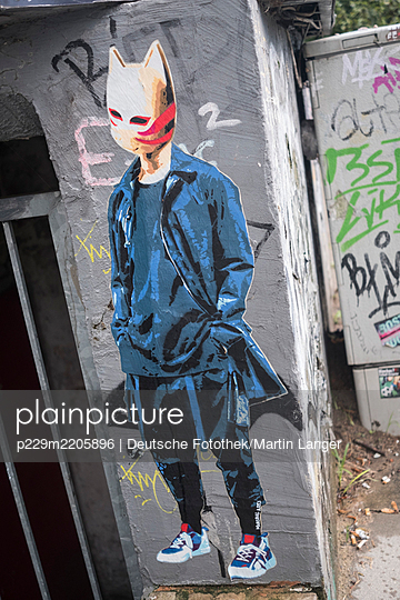 Graffiti, Figurine with animal mask - p229m2205896 by Martin Langer