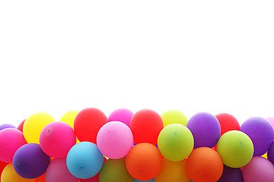 Luftballons - p045m696777 von Jasmin Sander