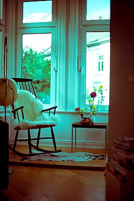 Living room - p432m715697 by mia takahara