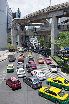 Bangkok Skytrain - p842m1030600 by Renée Del Missier