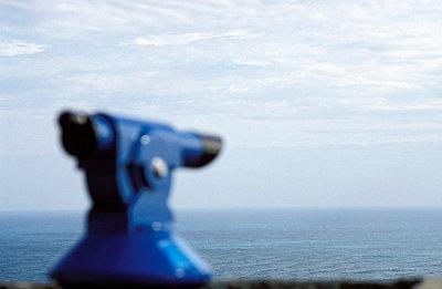 Blaues Fernrohr - p1080189 von Thomas Kummerow