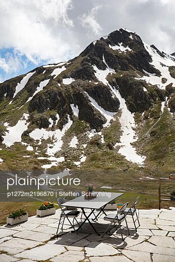 Terrasse mit Aussicht - p1272m2196870 von Steffen Scheyhing