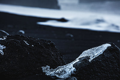 Reynisfjara Black Sand Beach. Vik. Iceland. North Atlantic Ocean - p1403m2294635 by Daniele Orsi/REDA&CO