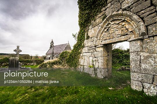 Kirchenruine - p1234m1050284 von mathias janke