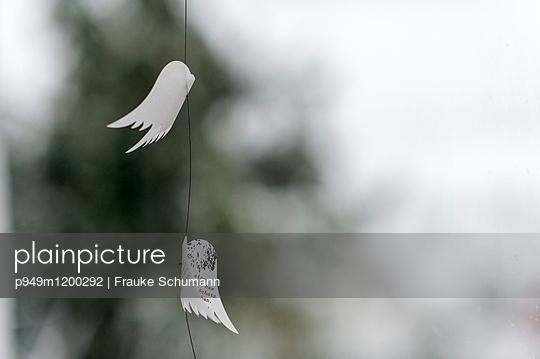 Mobile Flügel - p949m1200292 von Frauke Schumann
