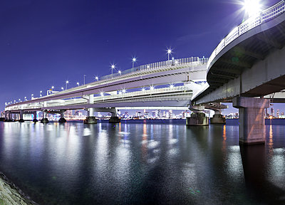 Bridges - p1492m2005810 von Leopold Fiala