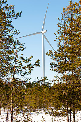 Wind turbine in winter - p1079m1042404 by Ulrich Mertens