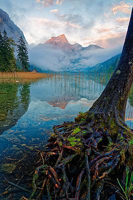 Austria, Styria, Eisenerz, Hochschwab, Pfaffenstein mountain, Leopoldsteiner lake - p300m1140973 by Günter Flegar