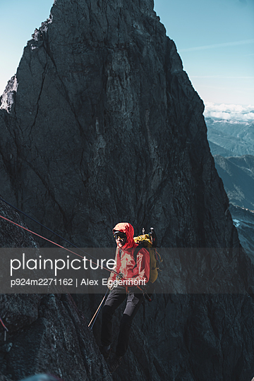 Climber on Tantalus Traverse, a classic alpine traverse close to Squamish, British Columbia, Canada - p924m2271162 by Alex Eggermont