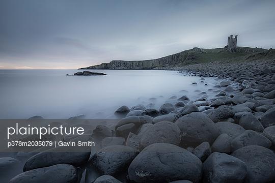 p378m2035079 von Gavin Smith