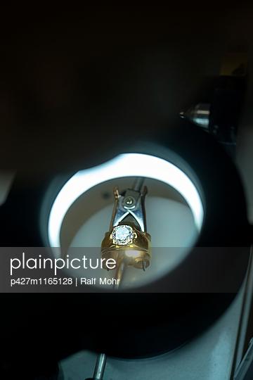 Ring - p427m1165128 von R. Mohr