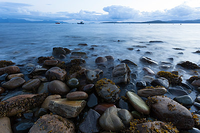 UK, Scotland, Isle of Skye, beach of Elgol - p300m2012505 by Christina Falkenberg
