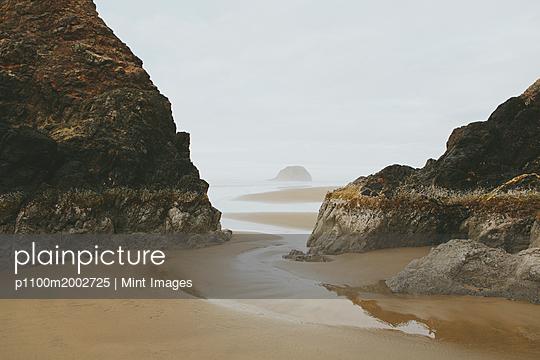 p1100m2002725 von Mint Images