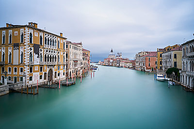Italy, Venice, view to Canal Grande  from Academia Bridge at twilight - p300m1204900 by Xose Casal