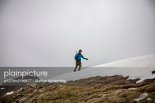 Wandern in den Alpen - p1272m2196877 von Steffen Scheyhing